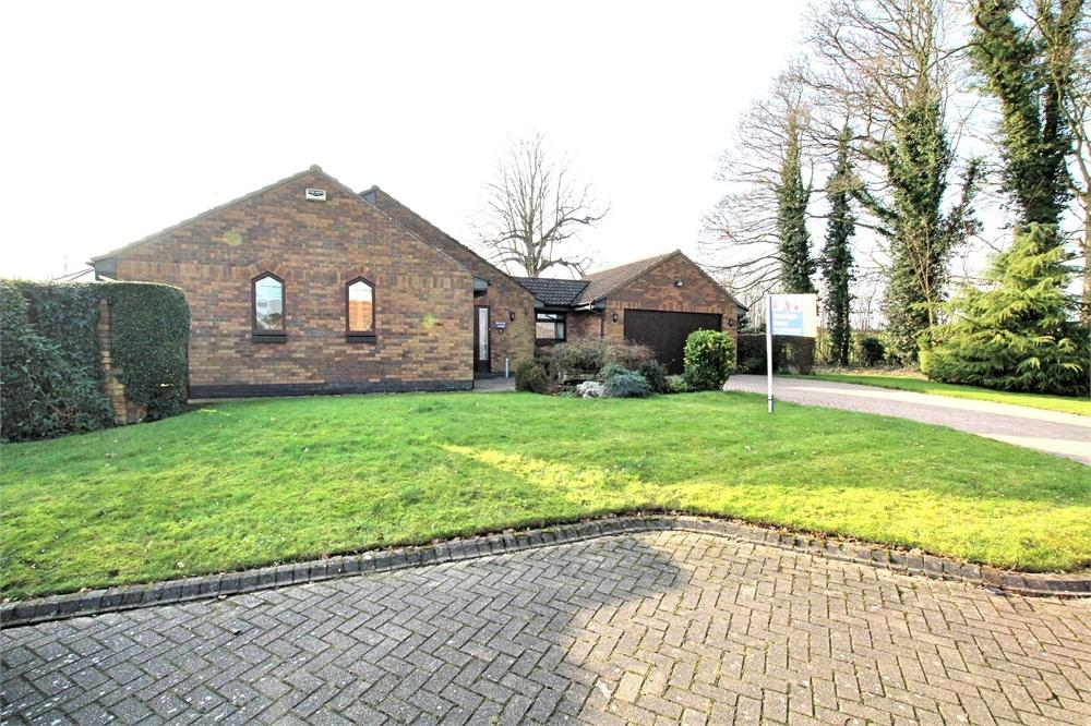 3 Bedrooms Detached Bungalow for sale in The Meadows, West Ella, Hull, East Riding of Yorkshire