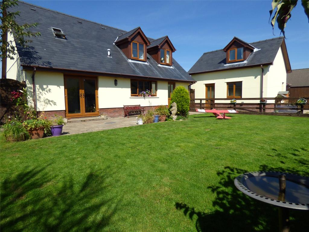 4 Bedrooms Detached Bungalow for sale in Tai Cae Mawr, Llanwrtyd Wells, Powys