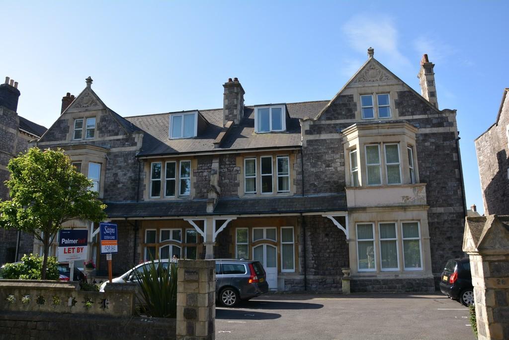 2 Bedrooms Apartment Flat for sale in Ellenborough Park South, Weston-super-Mare