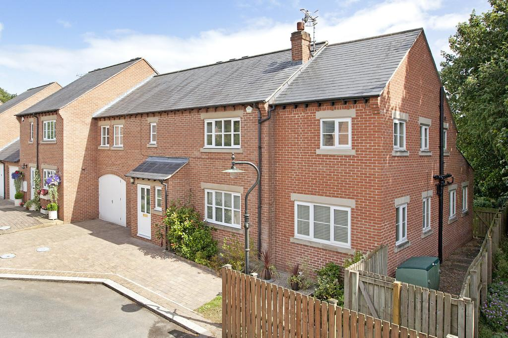 5 Bedrooms Semi Detached House for sale in Snaith Wood Mews, Rawdon