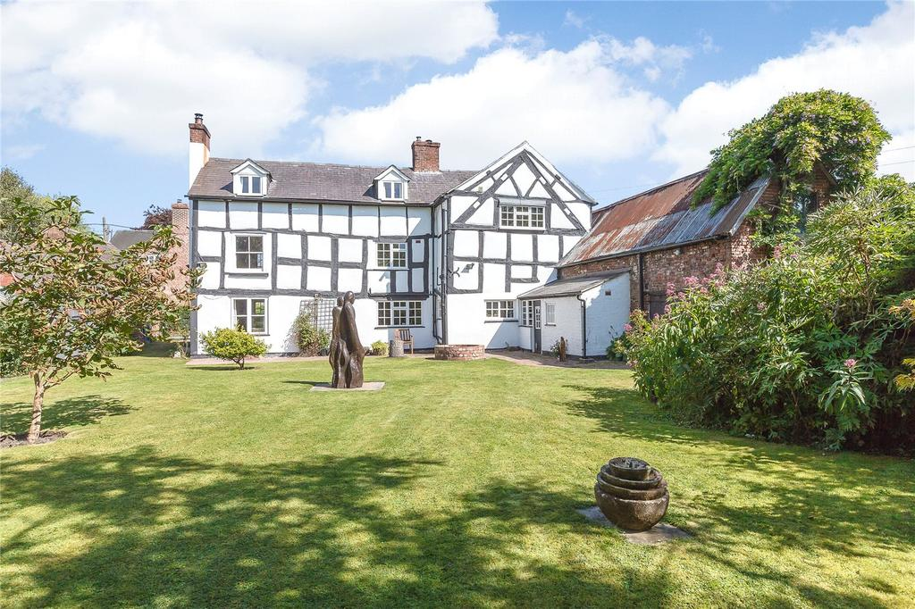 5 Bedrooms Detached House for sale in Yeaton, Baschurch, Shrewsbury