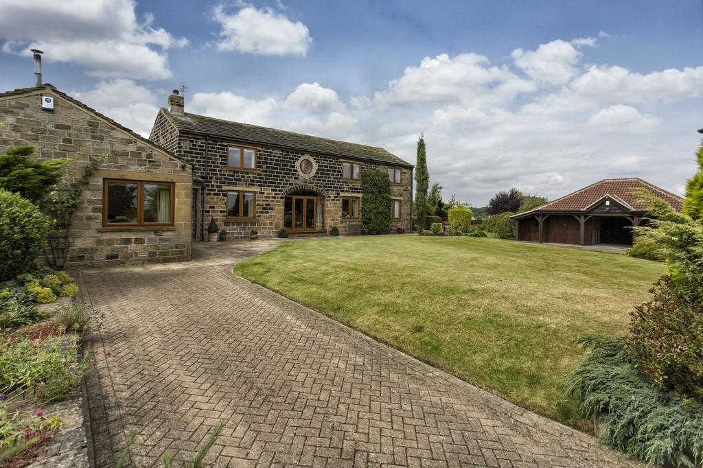 3 Bedrooms Barn Conversion Character Property for sale in Ryhill Pits Lane, Cold Hiendley