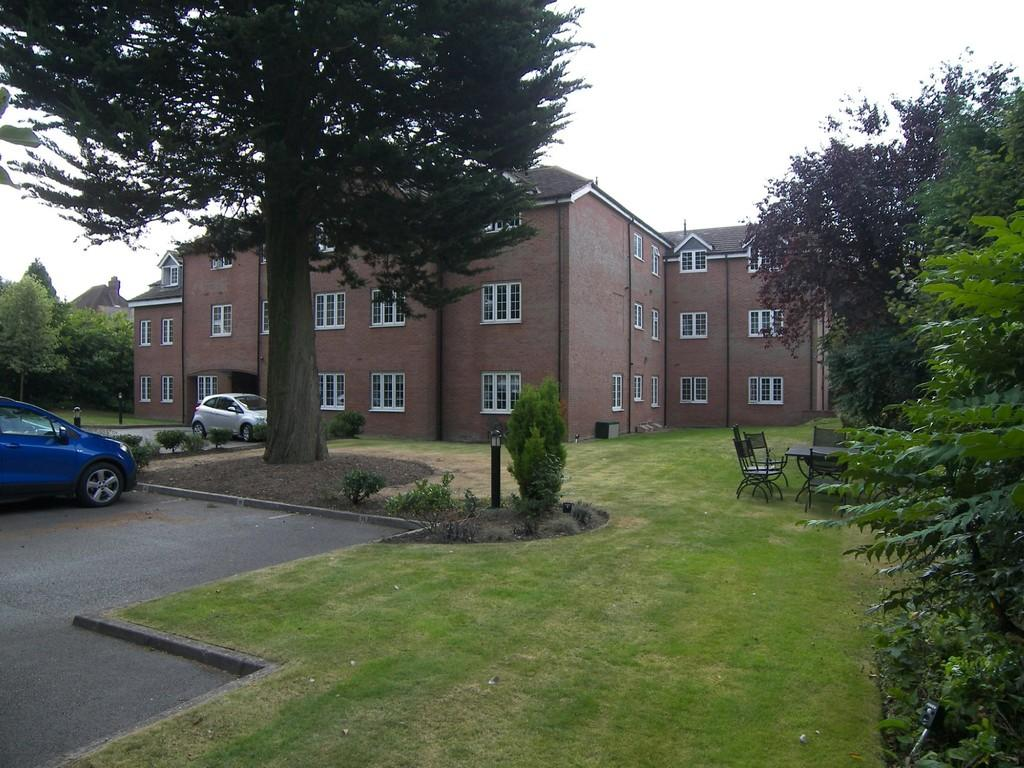 2 Bedrooms Apartment Flat for sale in The Grove, 505 Warwick Road