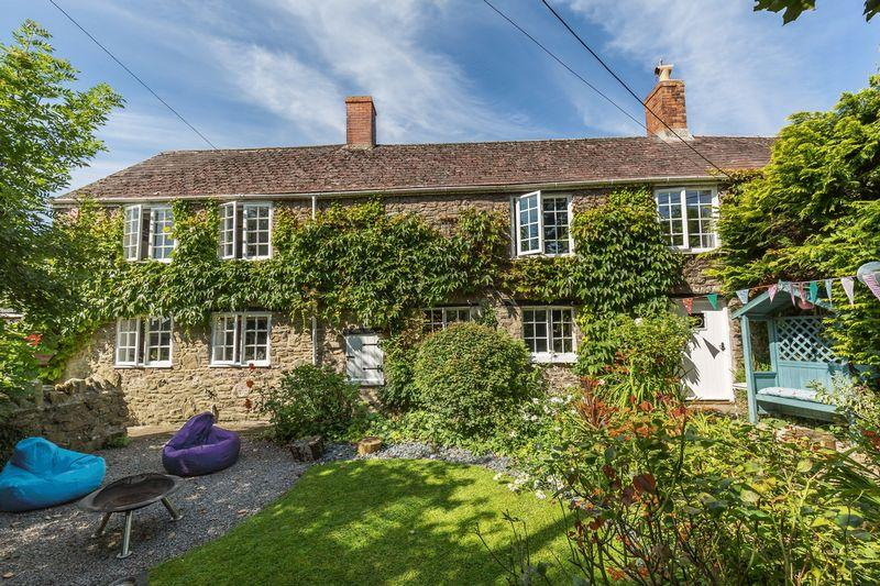 4 Bedrooms Semi Detached House for sale in Black Lane, Chantry, Frome