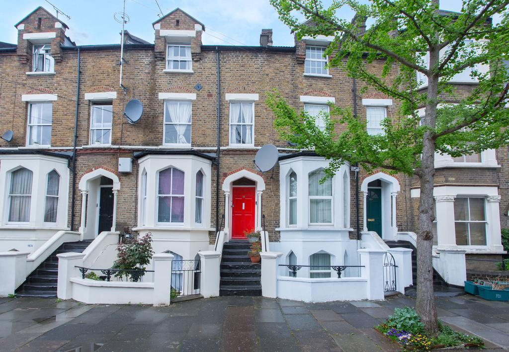 2 Bedrooms Flat for sale in York Road, Acton