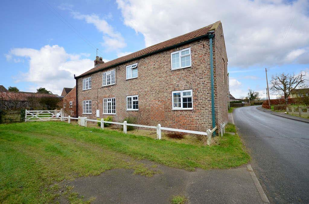 6 Bedrooms Detached House for sale in Flawith Road, Tholthorpe, York