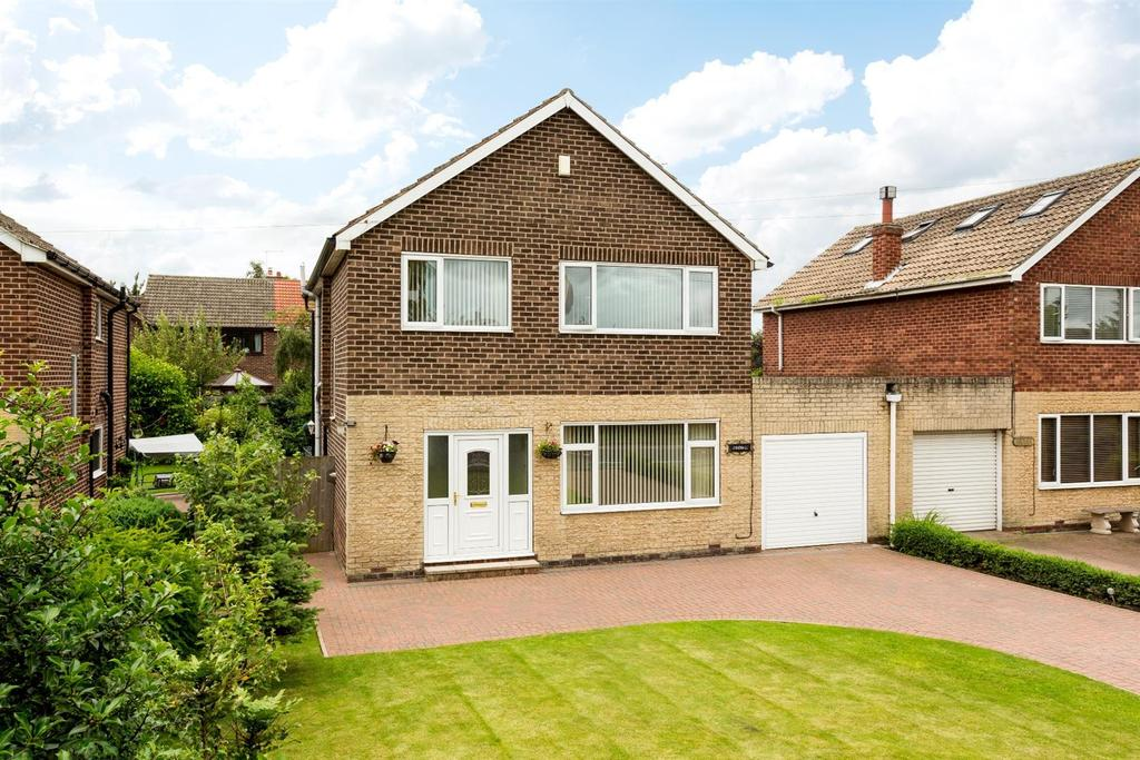 4 Bedrooms Detached House for sale in Selby Road, Eggborough