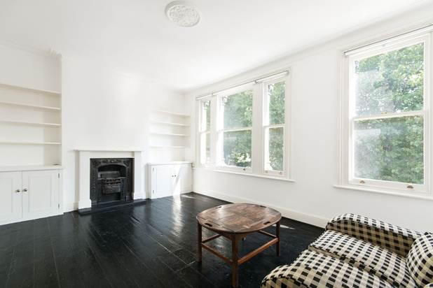 2 Bedrooms Flat for sale in Station Terrace, London, NW10