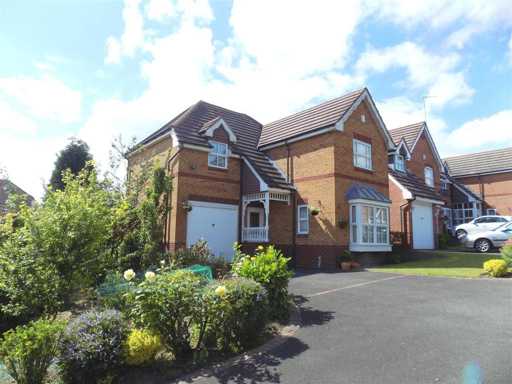 3 Bedrooms Detached House for sale in Thoresby Croft, Dudley