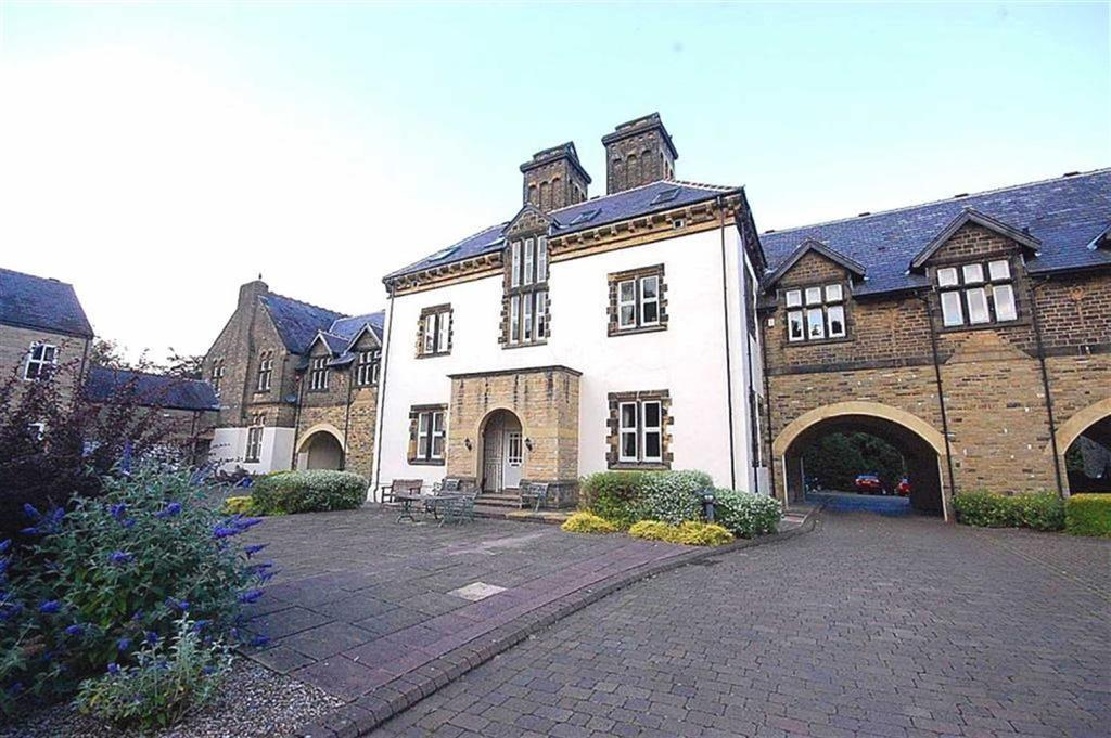 2 Bedrooms Apartment Flat for sale in The Woodlands, Meltham, Holmfirth, HD9