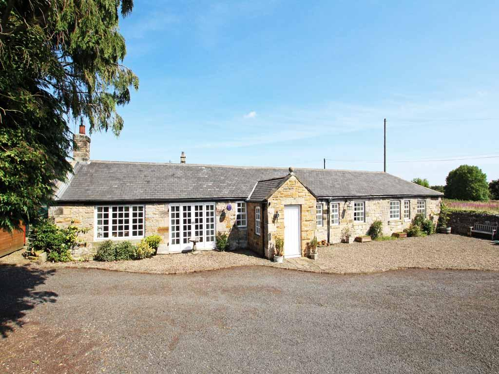 3 Bedrooms Unique Property for sale in Stagshaw Bank, Corbridge NE45