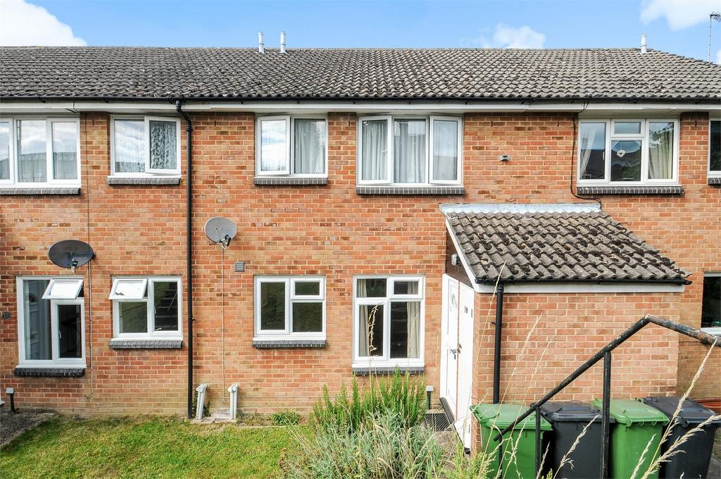1 Bedroom Flat for sale in Alton, Hampshire