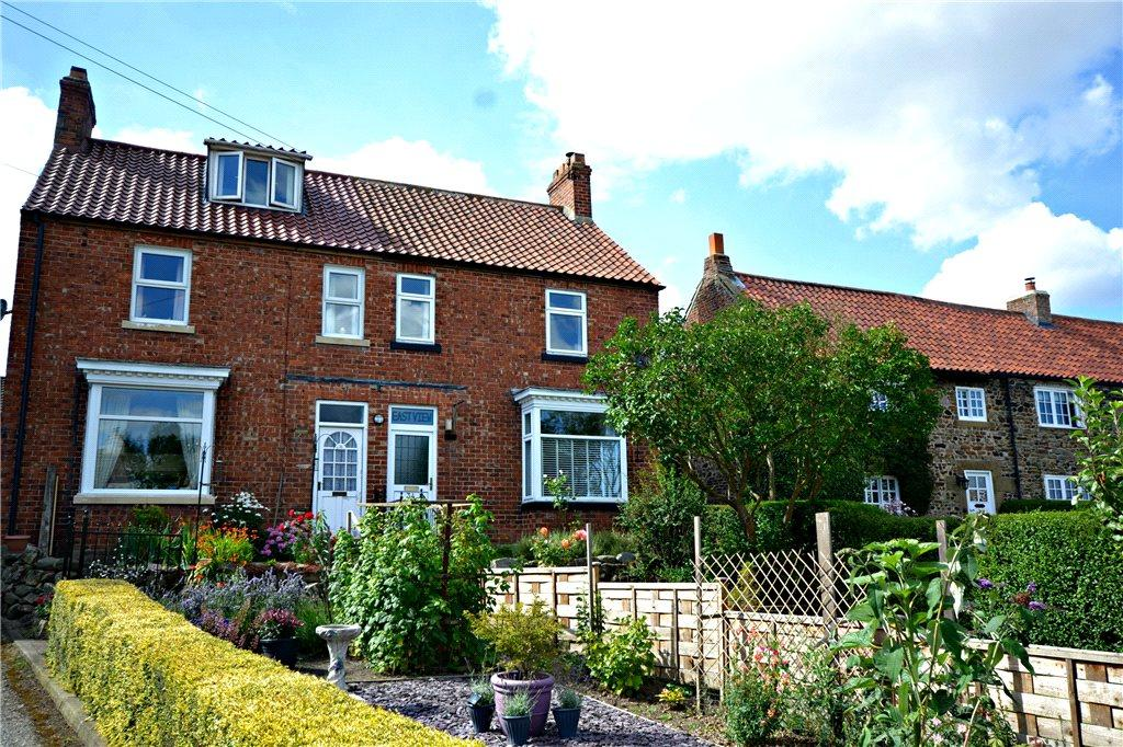 3 Bedrooms Semi Detached House for sale in North End, Hutton Rudby, Yarm, North Yorkshire