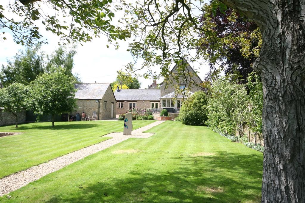 5 Bedrooms Detached House for sale in Victoria Road, Quenington, Gloucestershire