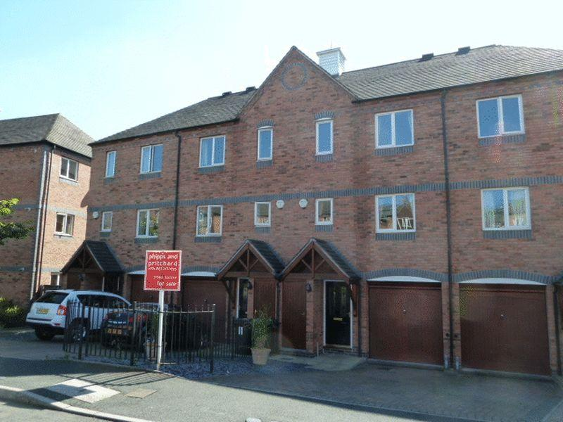 3 Bedrooms Terraced House for rent in Round Hill Wharf, Park Lane, Kidderminster, DY11 6US
