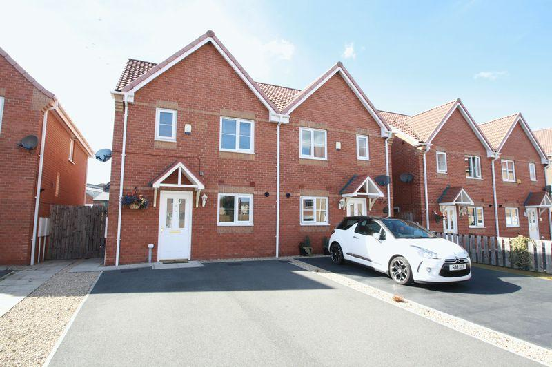 3 Bedrooms Semi Detached House for sale in Darbyshire Close, Stockton, TS17 0HY