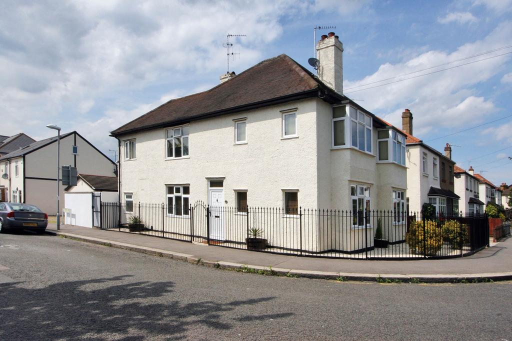 2 Bedrooms Apartment Flat for sale in Surbiton