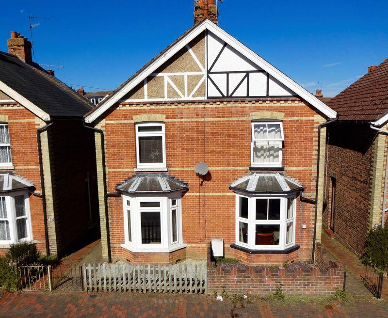 3 Bedrooms Semi Detached House for sale in Rusthall, Tunbridge Wells