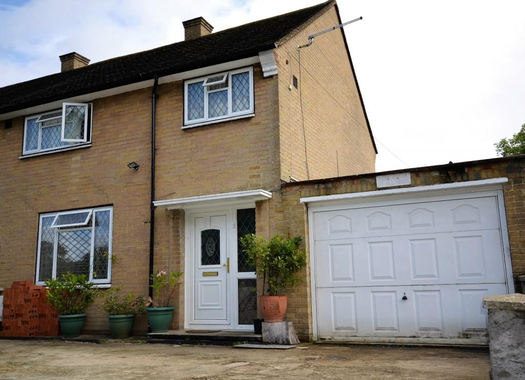 3 Bedrooms Semi Detached House for sale in Seeley Drive, West Dulwich, London, SE21