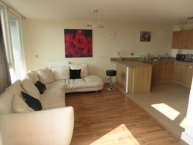 3 Bedrooms Penthouse Flat for rent in Longleat Avenue, Park Central, Birmingham B15