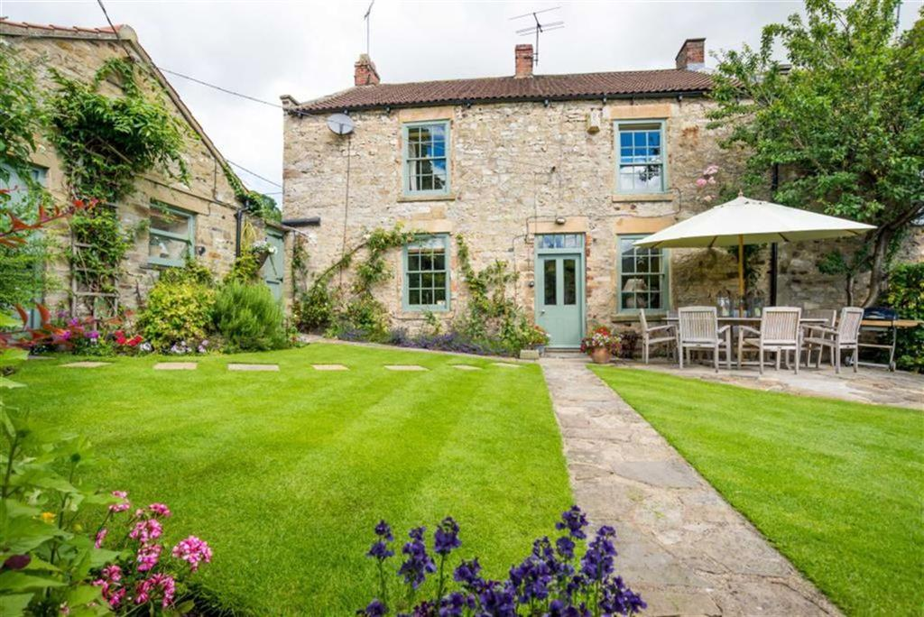 5 Bedrooms Semi Detached House for sale in Richmond, North Yorkshire