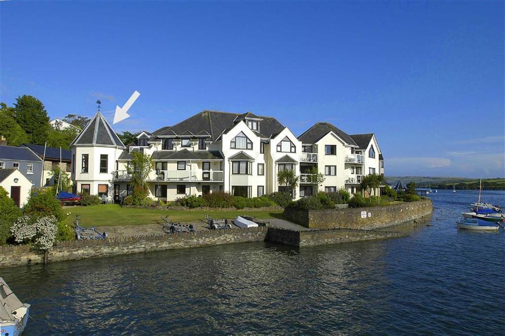 2 Bedrooms Apartment Flat for sale in The Moorings, Embankment Road, Kingsbridge, Devon, TQ7
