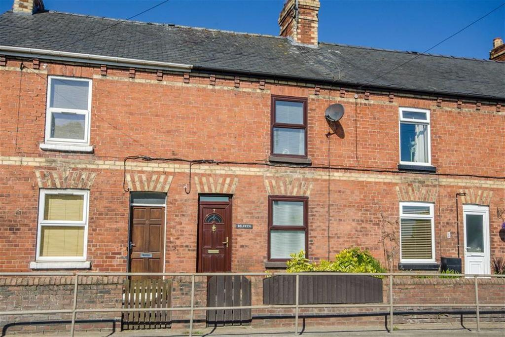 2 Bedrooms Terraced House for sale in The Green, Denbigh, Denbigh