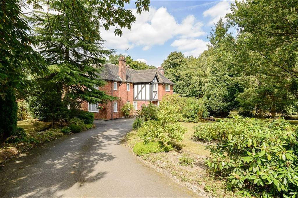 5 Bedrooms Detached House for sale in Carbone Hill, Northaw, Hertfordshire