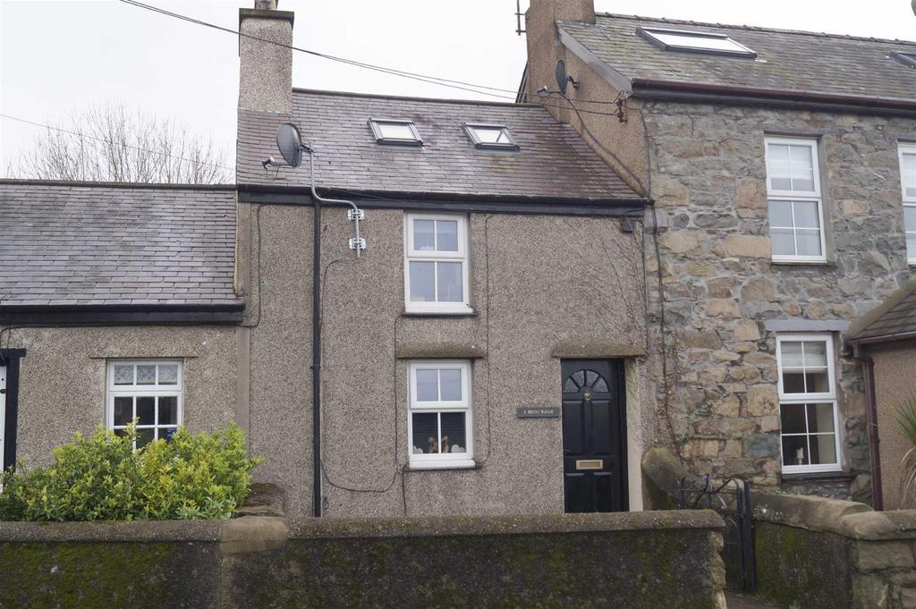 2 Bedrooms Terraced House for sale in Bryn Raur, Morfa Nefyn