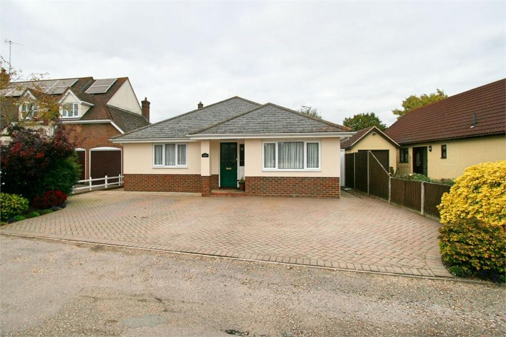 4 Bedrooms Detached Bungalow for sale in Stores Lane, Tiptree, Colchester, Essex