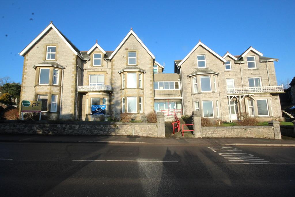 28 Bedrooms Detached House for sale in 28 The Esplanade, Grange-Over-Sands