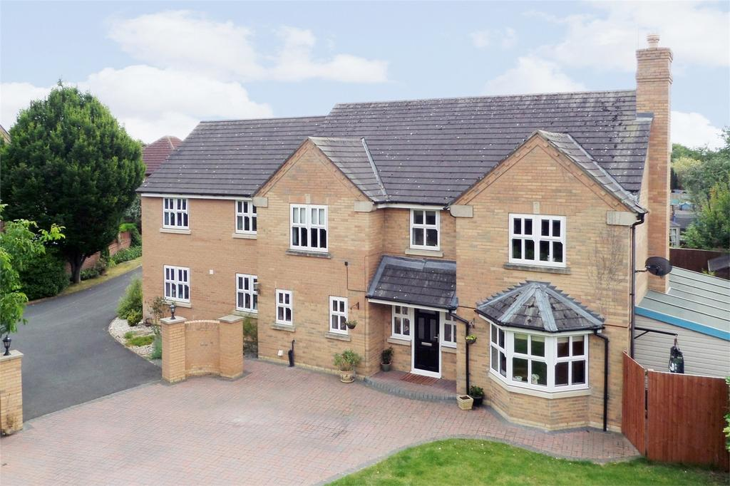 5 Bedrooms Detached House for sale in Turnbull Drive, Pocklington, York