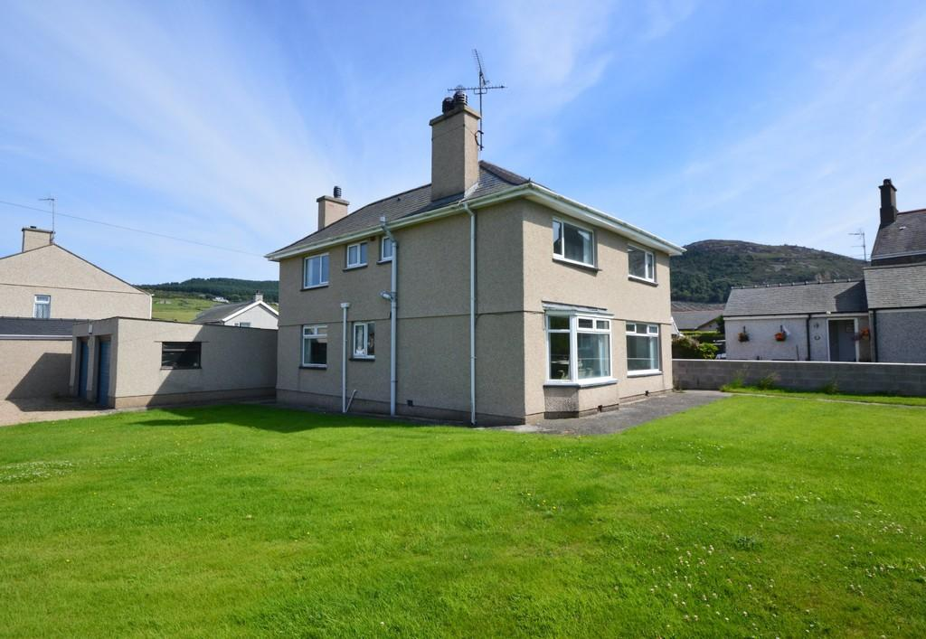 5 Bedrooms Detached House for sale in Nefyn, Gwynedd, North Wales