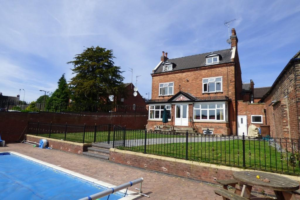 5 Bedrooms Detached House for sale in Balance Street, Uttoxeter
