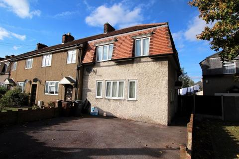 3 bedroom end of terrace house to rent - Wood Lane, Dagenham, Essex, RM8 3ND
