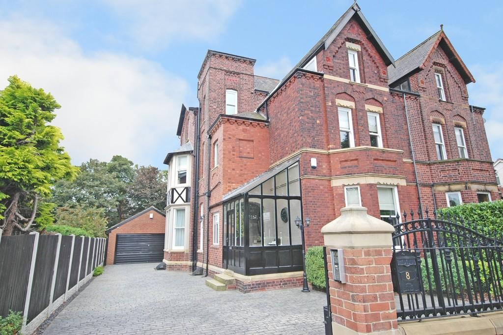 6 Bedrooms Semi Detached House for sale in Blenheim Road, St Johns