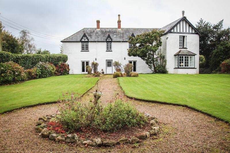 6 Bedrooms Detached House for sale in The White House, Kenn, Exeter