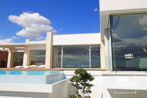 4 bedroom house  - Moraira, Valencia, 03724, Spain