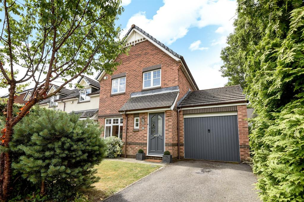 3 Bedrooms End Of Terrace House for sale in Penfolds Place, Arundel