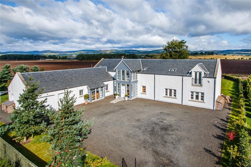 5 Bedrooms Detached House for sale in Turfhills, Kinross, Kinross-Shire