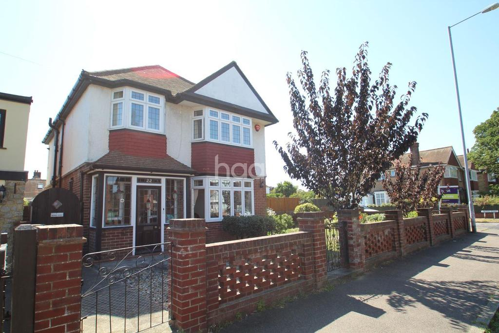 4 Bedrooms Detached House for sale in All Saints Avenue, Westbrook, CT9