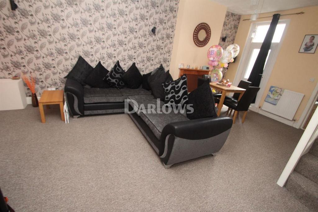 3 Bedrooms Terraced House for sale in Railway Street, Splott, Cardiff