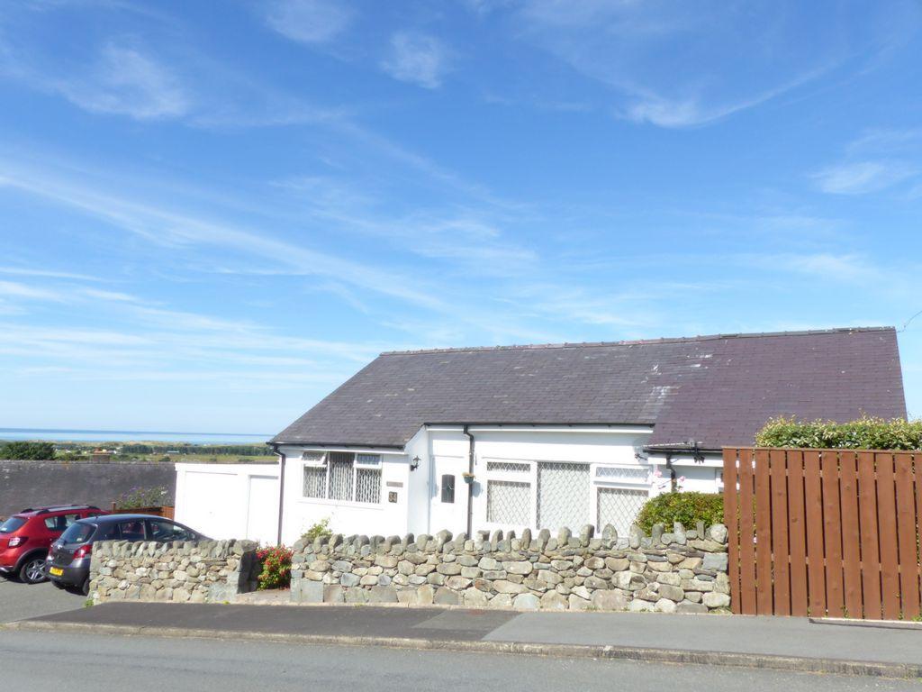 2 Bedrooms Bungalow for sale in 34 Bro Enddwyn, Dyffryn Ardudwy, LL44