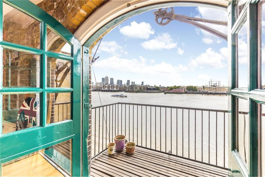 2 Bedrooms Parking Garage / Parking for sale in Great Jubilee Wharf, 78 Wapping Wall, Wapping, London, E1W