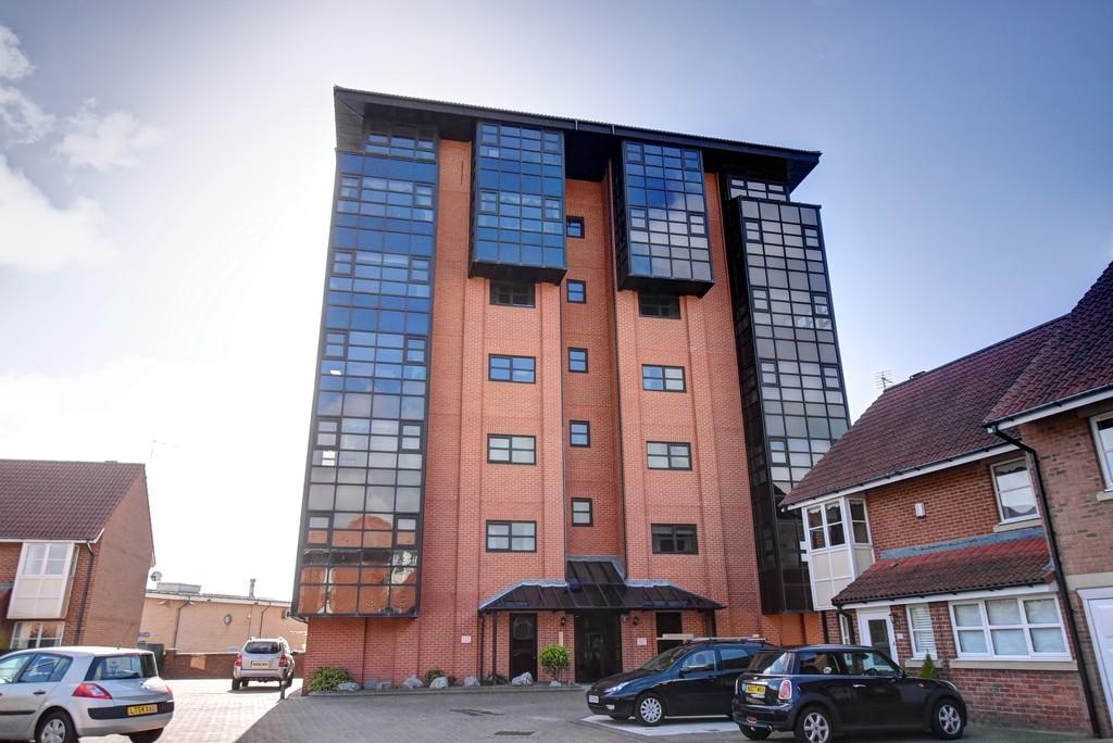 2 Bedrooms Apartment Flat for sale in Hallgarth Court, North Haven