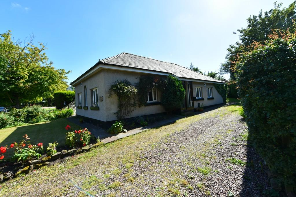 3 Bedrooms Detached Bungalow for sale in Pygons Hill Lane