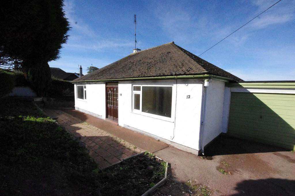 2 Bedrooms Detached Bungalow for sale in Linden Drive, Prestatyn