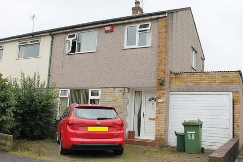 3 bedroom semi-detached house to rent - St. Annes Drive, Llantwit Farde, CF38 2PD