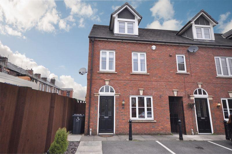 3 Bedrooms Town House for sale in Atlas Fold, Bury