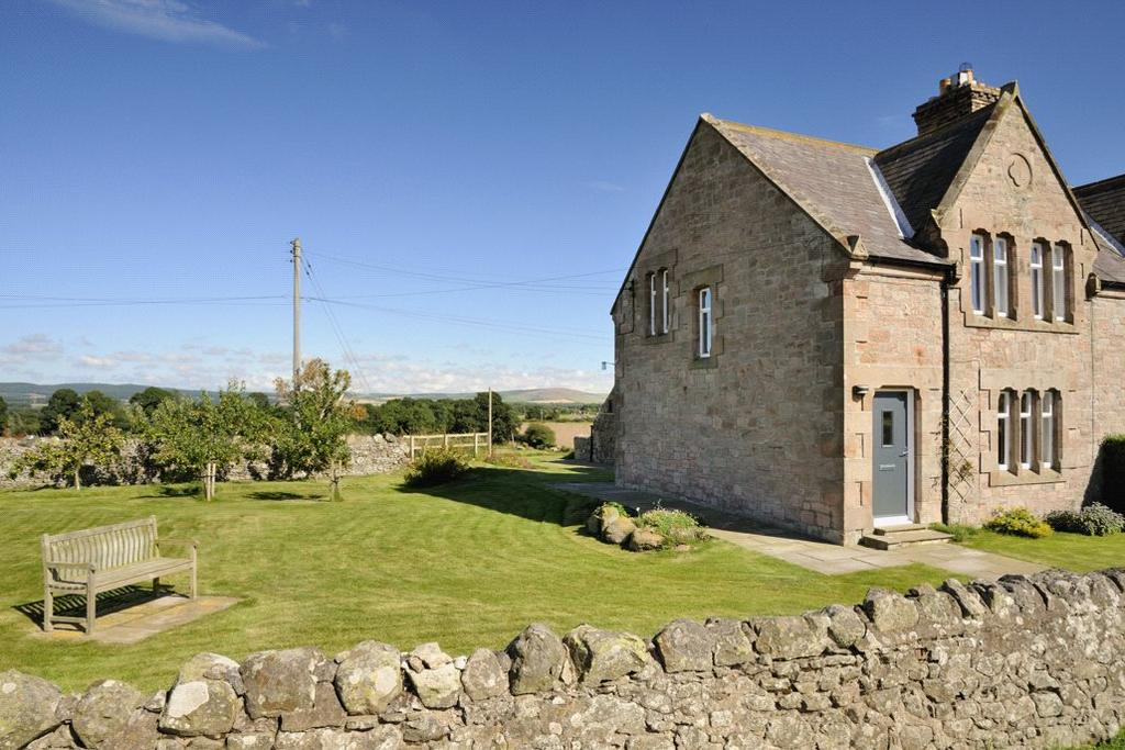 3 Bedrooms Semi Detached House for sale in Sandyhouse Cottages, Milfield, Wooler, Northumberland, NE71